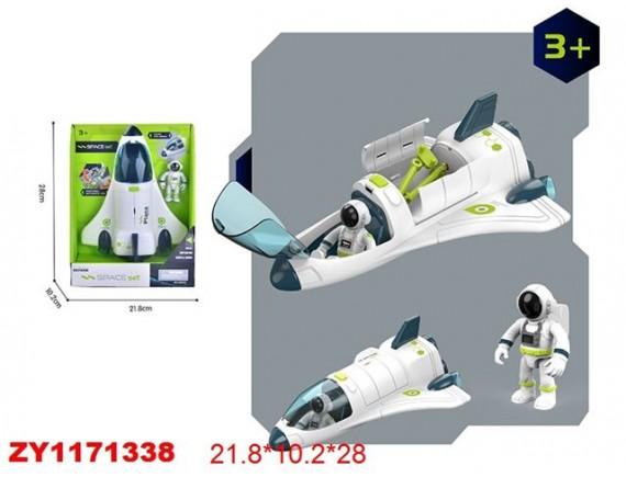 Космический шаттл с космонавтом 200770793