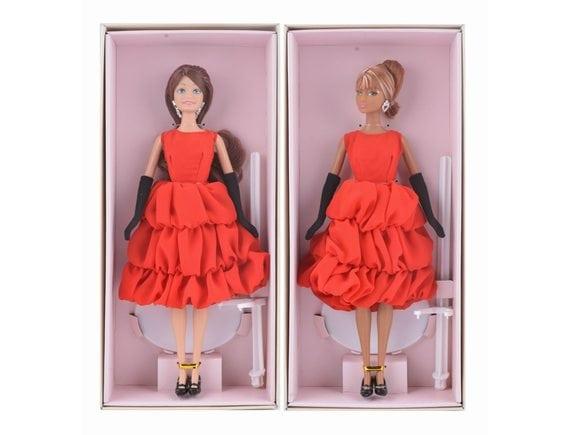 Кукла в подарочной коробке (2 вида). Артикул: BLD052